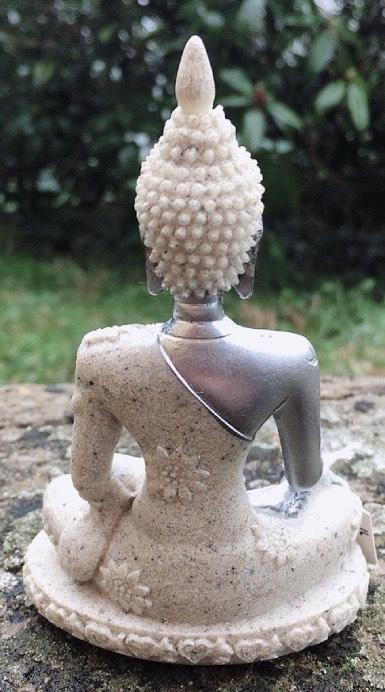 Buddha in sabbia