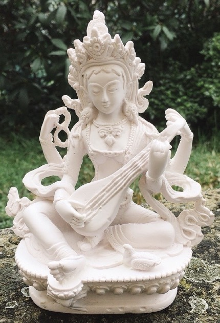 Saraswati bianca