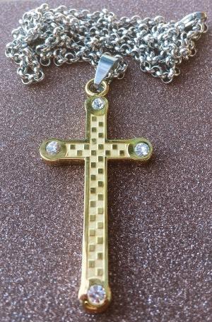 collana croce dorata