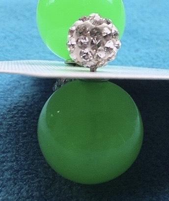 orecchini palline verdi
