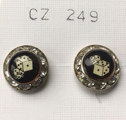orecchini bottone dadi