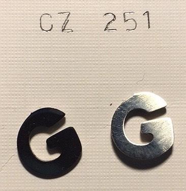orecchini lettere G