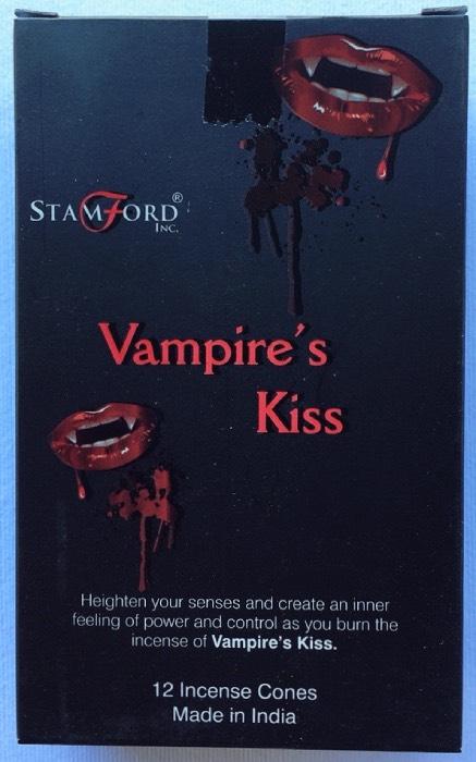 coni vampire's kiss