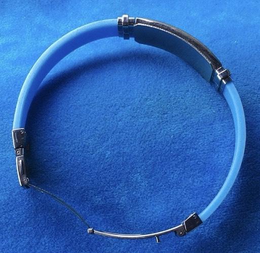 braccialetto gomma azzurra