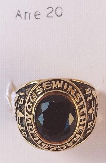 anello dorato