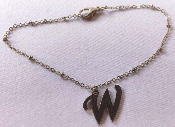 braccialetto lettera w