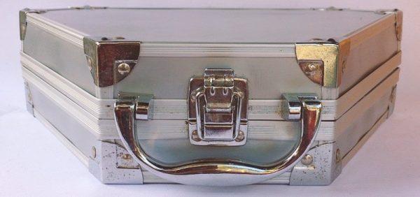 valigetta metallo trucchi