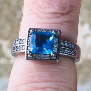 cristallo azzurro