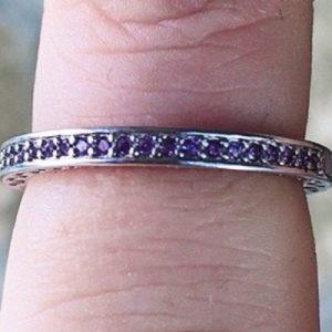 anello cristalli lilla